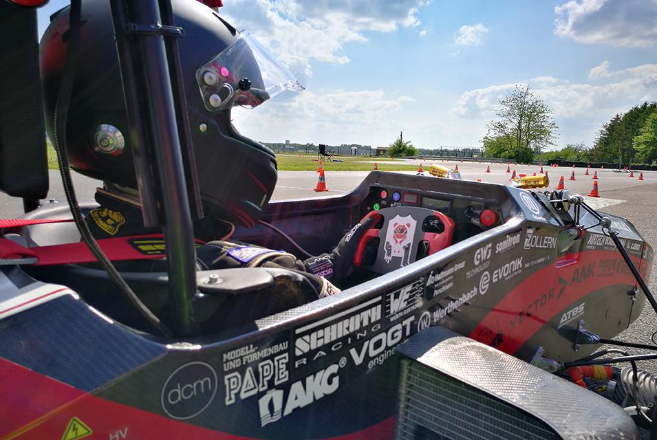 SSC Services Lions Racing Team Cockpit